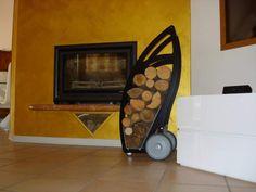 Trolley carrello portalegna Home Appliances, Tutorials, Sewing, Wood, Diy, Ideas, House Appliances, Dressmaking, Couture