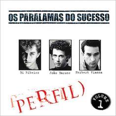 J'ai découvert Os Paralamas Do Sucesso via leur troisième et excellent album Selvagem? (1986). Une des particularité du groupe est sa longévité. Il s'est formé en 1977 et est visiblement toujours en activité. Perfil : Vol.1 (2006) d'Os Paralamas Do Sucesso...