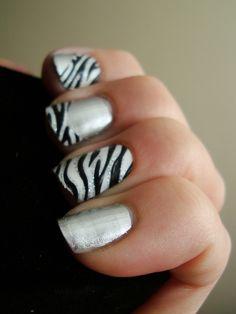 Animal Print Nails love the zebra Get Nails, Fancy Nails, Love Nails, How To Do Nails, Pretty Nails, Hair And Nails, Gorgeous Nails, Zebra Stripe Nails, Zebra Print Nails