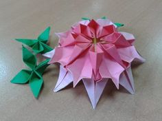 Origami  Dahlia  folded  by  me/  Tutorial  http://www.youtube.com/watch?v=LPM8vYD3z3s&feature=share