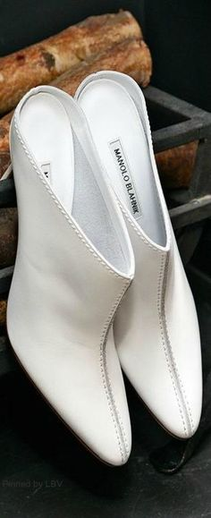 af8653fee02 Best White Shoes for Spring - Manolo Blahnik Shoes