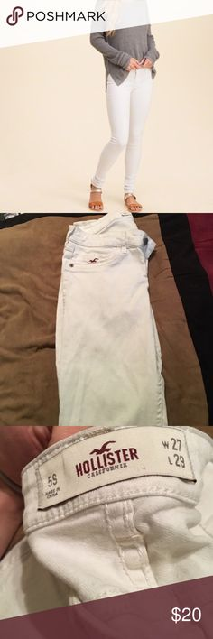 White Denim Skinny Jeans In excellent condition  No flaws Size 5S but fits like a size 2  ITEM NO. 149 Hollister Jeans Skinny