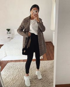 1 or Which plaid look do you like more? Winter Fashion Outfits, Fall Winter Outfits, Casual Autumn Outfits Women, Girls Fall Outfits, Fall Outfits For School, Cute Casual Outfits, Stylish Outfits, Ropa Semi Formal, Looks Vintage