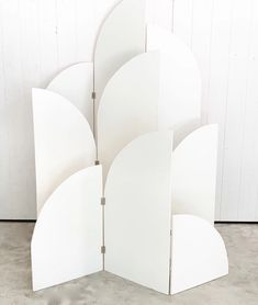 Backdrop Frame, Diy Backdrop, Wall Backdrops, Stage Design, Event Design, Wedding Backdrop Design, White Paneling, Event Styling, Balloon Decorations