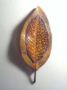 This is an on going collection of hand embroidered magnolia leaves. All of the illustrations for the embroideries are mine, all the leaves are real, and are handled carefully and preserved to last. Dry Leaf Art, Leave Art, Leaf Skeleton, Earth Craft, Nature Collage, Bordados E Cia, Decorative Leaves, Embroidery Leaf, Embroidered Leaves