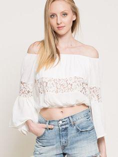 Bluza cu umerii goi Guess si dantela Guess, Off Shoulder Blouse, Casual, Tops, Women, Fashion, Moda, Fashion Styles, Fashion Illustrations