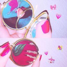ピンクと紫っぽいネイル! グラデーションで真似してみた! それと、プリンセスワンスプーンで買った鏡! かわい!!!おしゃれ!🍎🖤🍏🖤 #ディズニー #白雪姫 #鏡 #原宿 #プリンセスワンスプーン #ネイル #セルフネイル #ネイルホリック #ピンク #リトルマーメイド #アリエル #disney #snowwhite #mirror #harajuku #princessonespoon #nail #selfnail #nailholic #pink #thelittlemermaid #ariel #love #cute #good #nice #happy #l4l