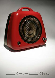 ... erst Heizlüfter und jetzt ein Lautsprecher mit Verstärker für Mp3-Player, Smartphone, ... an old convector ... original from the sixties ... upgecycelt ... now ... loudspeaker with amplifier for your Mp3player, smartphone …