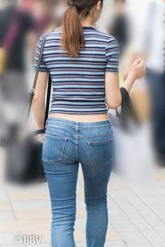 ボクのカウパーを垂れ流しにした極上美尻が超絶エロいタイトデニムのお嬢さん! | Beauty Back View