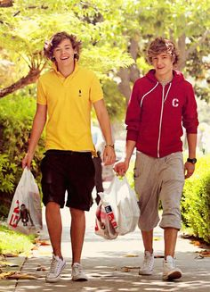 I miss Liam and Harry's curly hair.