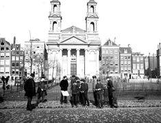 Het Waterlooplein omstreeks 1925