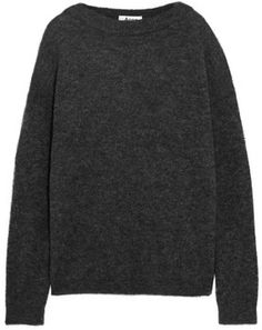 GET THE LOOK: SKIRT + SWEATER