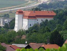 Lendva, Muravidék  -  Szlovénia Cabin, Mansions, House Styles, Home Decor, Decoration Home, Room Decor, Fancy Houses, Cottage, Mansion