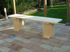 Een steigerhouten bankje gemaakt van nieuwe steigerplanken. Download de bouwtekening op www.bouwtekening-steigerhout.com