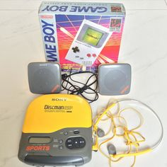 micmoto: 懐かし過ぎて捨てるに捨てられない>_<  Nostalgic toys that I bought in US about 20 years ago. #20年位前 #NYで買った  #US限定 #SONY #Discman #ほぼ同じ頃 #メキシコの国境手前の #任天堂 #Nintendo #アウトレット #LasAmericasPremiumOutlets #で買った #ゲームボーイ #Gameboy #未開封 #Unopened #gameboy #microobbit