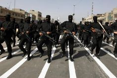 """Der Konflikt im Irak und Syrien weitet sich immer mehr aus.  Dieser """"Krieg"""" zwischen Sunniten und Schiiten lenkt damit das Augenmerk auf diese beiden größten Glaubensrichtungen des Islam."""