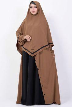 Hijab Gown, Hijab Outfit, Abaya Fashion, Modest Fashion, Fashion Outfits, Moslem Fashion, Abaya Designs, Hijab Fashion Inspiration, Hijab Chic