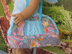 Sport bag for an 18 doll with zippered top opening by TinyTrusew