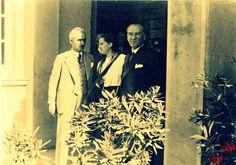 Atatürk, İsmet İnönü ve Afet İnan ile birlikte...