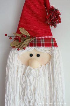 10 Easy DIY Santa Crafts to Get Your Home Ready for Christmas Merry Christmas Banner, Diy Christmas Tree, Christmas Ornaments, Xmas, Christmas Stuff, Santa Crafts, Tree Crafts, Christmas Crafts For Kids To Make, Holiday Crafts