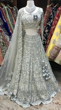 Indian Wedding Gowns, Indian Gowns Dresses, Indian Bridal Outfits, Indian Bridal Fashion, Indian Fashion Dresses, Indian Designer Outfits, Wedding Mandap, Wedding Stage, Wedding Receptions