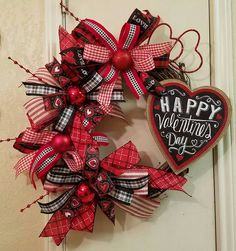 Valentine Grapevine Wreath, Grapevine Wreath, Valentine Decor, Heart Wreath, Grapevine Decor, Valentine Door Wreath by SouthTXCreations on Etsy