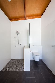 Bathroom Shower Toilet Modern Ideas For 2019 Wet Room Bathroom, Bathroom Toilets, Modern Bathroom, Small Bathroom, Bath Room, Downstairs Bathroom, White Bathroom, Pebble Shower Floor, Garden Cabins