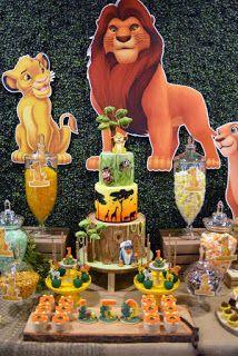 Ideas de decoración para hacer una Fiesta del Rey León Pigtail Braids, Braided Pigtails, Ideas Para Fiestas, Grinch, Gingerbread Cookies, Globe Decor, The Originals, Invitations, How To Make