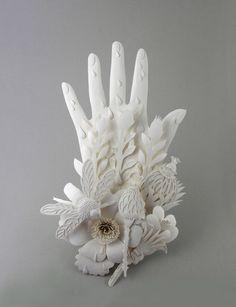 Elsa Mora paper sculpture