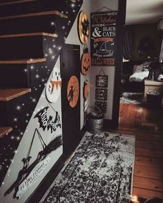 79 Awesome Indoor Halloween Decorations Ideas You Should Try Not every Halloween must be dark and dreary! Spirit Halloween has a large selection of Halloween inflatable decor and spooky tombstones to help to mak. Halloween Living Room, Diy Halloween Home Decor, Halloween Bedroom, Diy Halloween Dekoration, Casa Halloween, Spirit Halloween, Holidays Halloween, Halloween Crafts, Happy Halloween