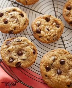 This is our go-to chocolate chip cookie recipe. When you have a craving for a classic chocolate chip cookie, bake up a batch of these! Best Chocolate Cookie Recipe, Bakers Chocolate, Best Cookie Recipes, Chocolate Chip Cookies, Biscuits Au Four, Delicious Desserts, Dessert Recipes, No Bake Cookies, What To Cook