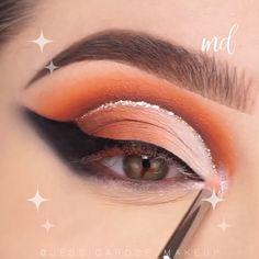 This eye look is so magical & dreamy! Smoke Eye Makeup, Eye Makeup Steps, Makeup Eye Looks, Beautiful Eye Makeup, Eyeshadow Makeup, Makeup Cosmetics, Makeup Tutorial Eyeliner, Makeup Looks Tutorial, Creative Eye Makeup