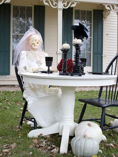 Here comes the bride! Find more creepy decor here: http://www.bhg.com/halloween/outdoor-decorations/haunting-halloween-yard-decorations/?socsrc=bhgpin082414morningsunshine&page=10