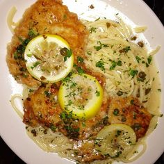 Bertucci's Restaurant Copycat Recipes: Chicken Piccata..  I will cook it without the capers!!!! Yummmmm!!!! Came out SOOOOOO good and so easy!