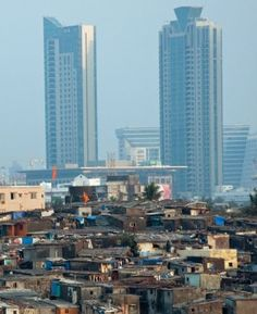 The Contrast of the Co-existing Mumbai Slums & Skyscrapers