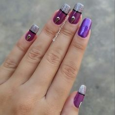 INSTAGRAM NATHY UNHAS VARIADAS #naildesign #nailpaint #nailart #instanails #Purple #dicasdeunhasbr #amoroxo #unhasfeitas #feitapormim #feitoamao #euquefiz #belasunhas