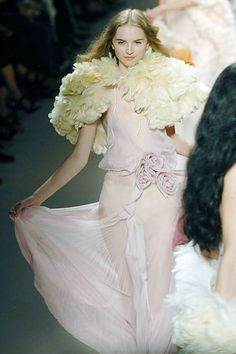 Sonia Rykiel Spring 2008 Ready-to-Wear Collection Photos - Vogue