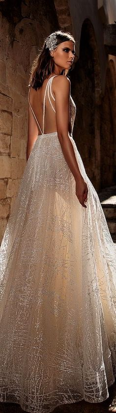 With striking silhouettes and luxurious embellishments, there's no doubt Eden Aharon's wedding dresses are made for the bride who revel in the Wedding Dresses 2018, Colored Wedding Dresses, Designer Wedding Dresses, Bridal Dresses, Gorgeous Wedding Dress, Bridal Beauty, Bridal Collection, Bridal Style, Ivory