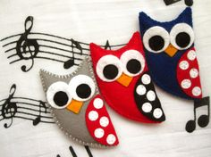 Bubu the owl  felt brooch or magnet animal brooch by mirkajakabova, €9.50