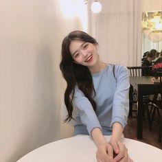 Cute Girls, Cool Girl, Light Blue Aesthetic, Pink Aesthetic, Girl Korea, Ulzzang Korean Girl, Uzzlang Girl, Korean Couple, Girls World