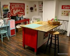 oOo, I like the decor in this craft room! Perfect for my Coke/dairy addiction!