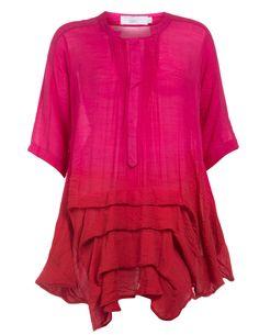 Weite Bluse mit abgestuftem Saum von DNY in Pink / Rot.Im navabi Online Shop hochwertige Blusen & Shirts bestellen.
