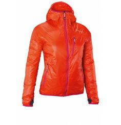**SALE** Travel easily in the Heli Regulate Hood by Peak Performance. This lightweight and easily packable insulated jacket is always to ask when the temperature drops again. The material absorbs moisture and cuddly Thermo Cool ® insulation keeps you warm and comfortable all day long. Peak Performance is at the forefront technological projection, the highest quality and design. The result - uncompromising clothing that reflects our passion for sports and nature. Ski Fashion, Peak Performance, Travel Light, Stay Warm, Motorcycle Jacket, Hooded Jacket, Passion, Nature, Sports