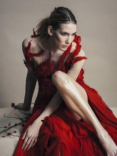 The Romantic World of Michelle Hébert  Photographer | Jamie Beck Florist | Bess Wyrick Make-up | Eduardo Hernandez Model | Caroline Ventura Design | Michelle Hébert