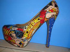 Wonder Woman Platform Pumps