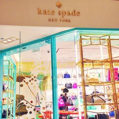 kate spade. magnificent mile.