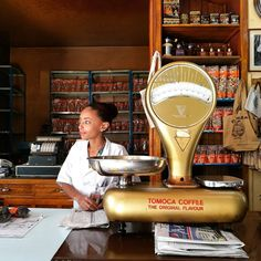 Dropped into the Tomoca Coffee shop in Piazza for a macchiato. Tomoca Coffee was the first coffee company based in Addis. #addisababa #ethiopia #africancityzens  Photo by @lafrohemien