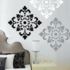 Usa la tua creatività per creare qualsiasi modello che ti piace sul muro un accento o una stanza intera. Dà laspetto o la carta da parati senza