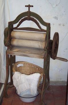 old clothes mangle. A way of approaching laundry without washing lines?
