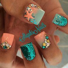 #coral#mint#teal#starfish#chunkyglitter#crrystalcluster#mermaid#glitterombre#acrylicnails#stephsnails#teamsteph